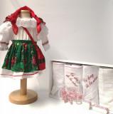 Cumpara ieftin Set Botez Traditional Costum Traditional Fetite Verde - 2 piese costumas si trusou brodat