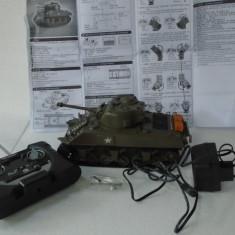 bnk jc Heng Long - Tanc Sherman M4A3 - radiocomanda - 1/30