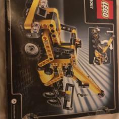 Lego Technic 2 in 1, 8 - 14 ani, 292 piese