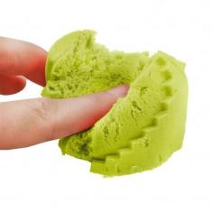 Nisip modelabil Kinetic, pachet 1 kg, ecologic, verde