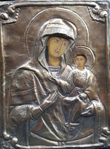 Maica Domnului cu Pruncul, Icoana cu ferecatura metalica