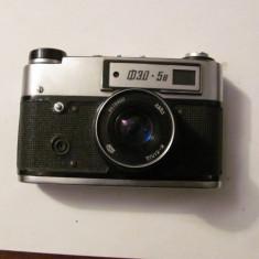 PVM - Aparat foto film vechi FED 5B functional cu defecte husa piele / URSS