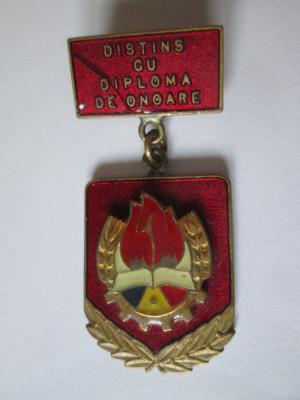 Insigna pionier distins cu diploma de onoare foto