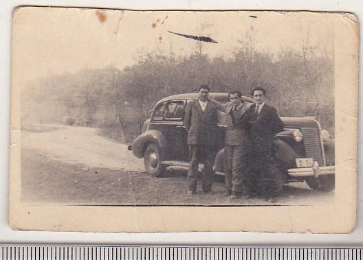 bnk foto -  Ford V-8 - fabricat in Romania