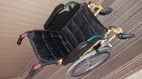 Scaun cu rotile pentru persoană cu dizabilități