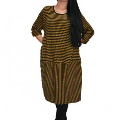 Rochie tricotata din lana ,nuanta de galben