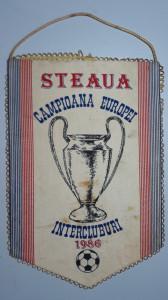 FANION STEAUA IN CUPA CAMPIONILOR EUROPENI 1986 - STEAUA CAMPIOANA EUROPEI 1986