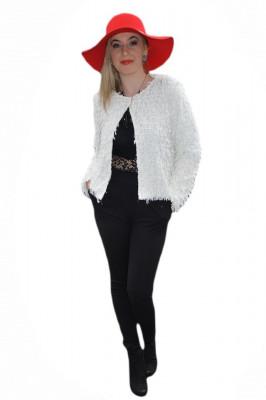 Jacheta eleganta tip bolero, de culoare alba, model scurt in talie foto