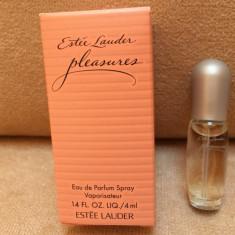 Mini Parfum Pleasures by Estee Lauder (4 ml), Apa de parfum, Mai putin de 10 ml