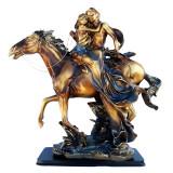 Cumpara ieftin Statueta indragostiti pe cal, 50 cm, 631EC