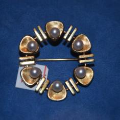 BROSA AUR 14K - Cu perle - Rotunda - Stilizata - Franta - 3.5cm - 4.8g. !