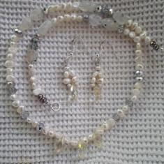Set cu cercei din Perle albe