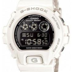 Ceas bărbătesc Casio G-Shock Eminem DW6900NB-7