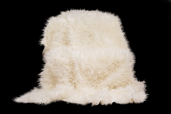 Cuvertură pat alpaca 150/200, blana sintetica, alb-ecru