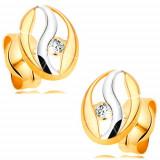 Cumpara ieftin Cercei cu diamant din aur 14K - contur oval cu ondulaţie din aur alb, diamant sclipitor