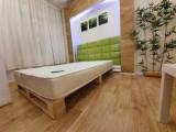 Pat lemn masiv cu sertare, model paleti saltea inclusa