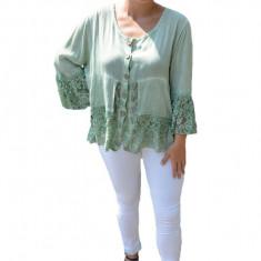 Bluza lejera Carina cu insertii de dantela,nuanta de verde inchis, 50, 52, 54, 56, 58