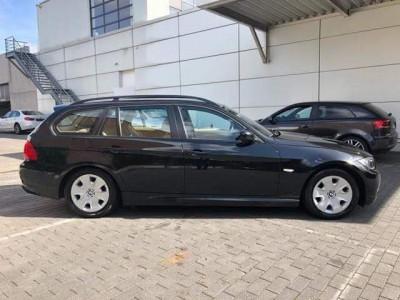 BMW 318D foto