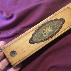 Vechi penar deosebit din lemn din prima perioada a secolului XX / de colectie !