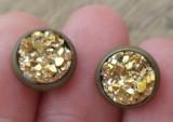 Cercei surub/fluture/cheita baza bronz cu imitatie de geoda aurie