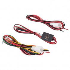 Pachet Localizator auto prin GPS, Precise, Frecventa GSM: 850/900/1800/1900 Mhz (4 benzi), cu Suport Auto de telefon