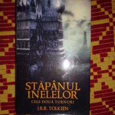 tolkien stapanul inelelor cele doua turnuri 506pagini/cartonata