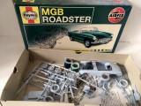 * Macheta Airfix MGB roadster 1:32 Haynes