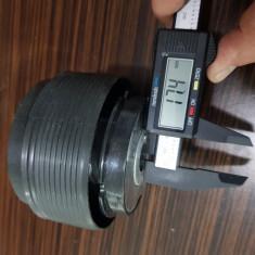 Butuc volan universal cu diametru de 17,4mm
