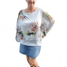Bluza casual, alba cu imprimeu floral, vaporoasa de vara