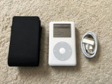 Ipod Classic 40gb cip audio Wolfson+husa apple+cablu(baterie 11 ore), 4th generation, 40 Gb, Alb