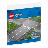 LEGO® CITY - Intersectie dreapta si in T 60236