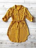 Cumpara ieftin Rochie ieftina casual stil camasa galben cu puncte mari si cordon in talie