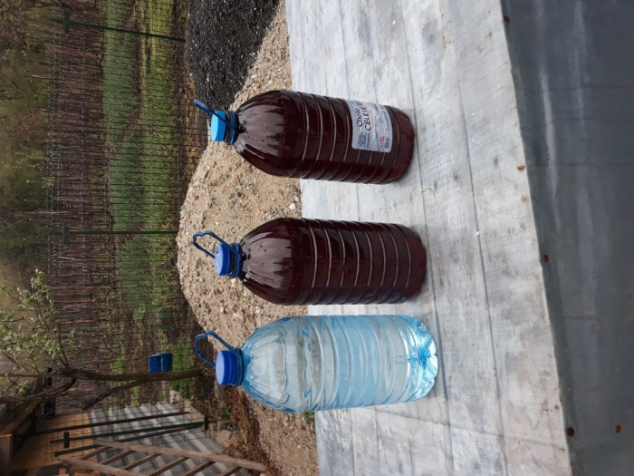 vand vin si tuica de casa