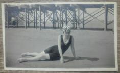 Domnisoara la plaja, 1915, Romania// fotografie foto