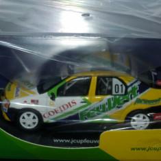 Macheta Dacia Logan Cup Feu Vert  1/43 Eligor