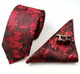 Set cravata matase+butoni+batista model floral B+ cutie cadou