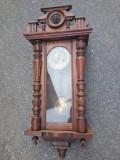 Antic ceas de perete pendula stil sculptata integral manual,stare de funcționare
