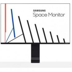 Monitor VA LED Samsung 31.5inch LS32R750UEUXEN, UHD (3840 x 2160), HDMI, DisplayPort (Negru)