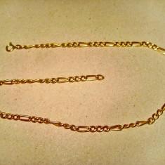 B128-Lant dama pentru picior sau mana in metal aurit. Lungime 35 cm.