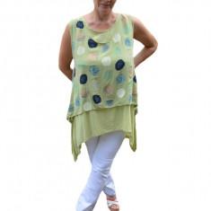 Bluze trendy, asimetrica cu buline, pe fundal de verde deschis, 42, 44, 46, 48, 50, 52