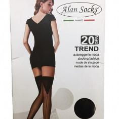 Ciorap rafinat cu banda, de culoare neagra cu model in spate