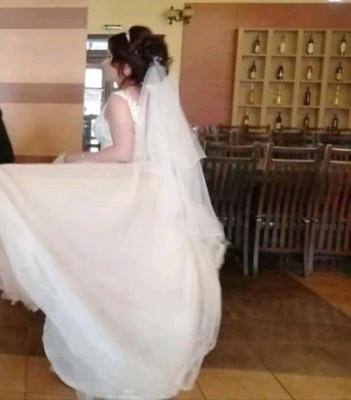 Vând rochie de mireasa foto