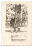B1825 Tanara femeie copil monument eroi primul razboi mondial Romania regalista