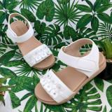 Cumpara ieftin Sandale albe moi si elegante cu floricele pt fetite 26 27 28 29 30 cod 0780, Fete