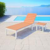 Șezlong cu masă, aluminiu și WPC, alb și maro