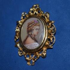 BROSA PANDANTIV AUR 18K - Pictura pe fildes + 2diamante + 2rubine - Art Nouveau!