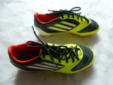 Crampoane fotbal Adidas F-50 Sprint Web, talpa TraXion; marime 37 1/3 (23.5 cm)