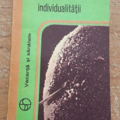 Geneza individualitatii – Constantin Maximilian