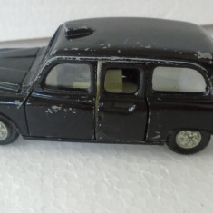 bnk jc Dinky 284 London Austin Taxi