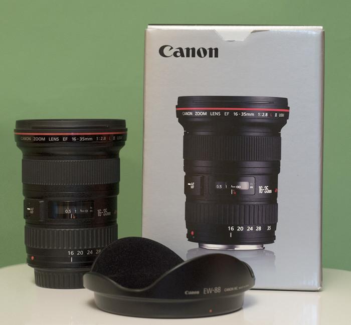 Vând lentilă Canon 16-35mm f2,8